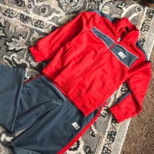 Boy's Nike jogger set